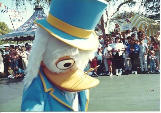 Disneyland, CA – 80s