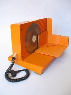 Elektrische Brotschneidemaschine