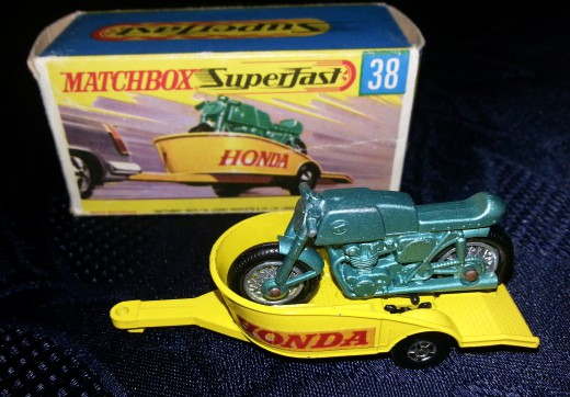 Matchbox Honda + Trailer